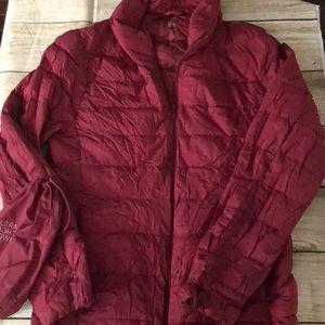 Uniqlo light packable down jacket XL
